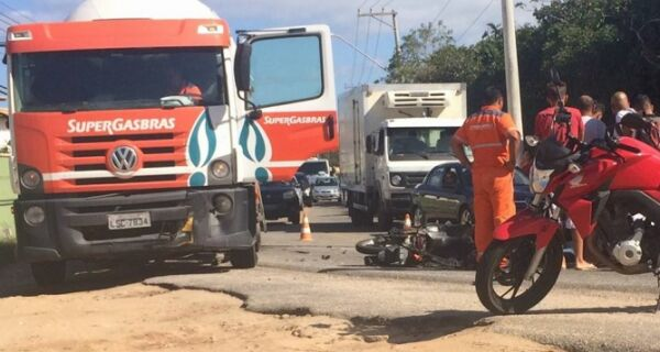 Menino de 14 anos morre depois de bater de moto em Búzios