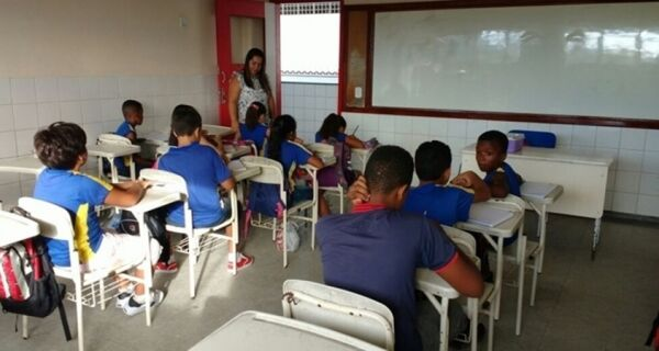 Paralisações na Educação já colocam ano letivo de 2017 em xeque