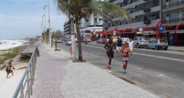 Prefeitura pretende fechar orla da Praia do Forte aos domingos