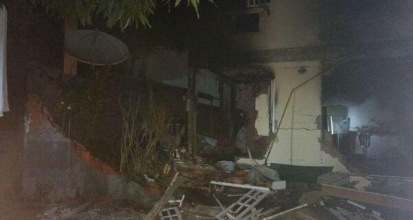 Mulher morre em explosão por vazamento de gás em Cabo Frio
