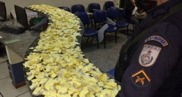 Polícia apreende mais de 3 mil pedras de crack