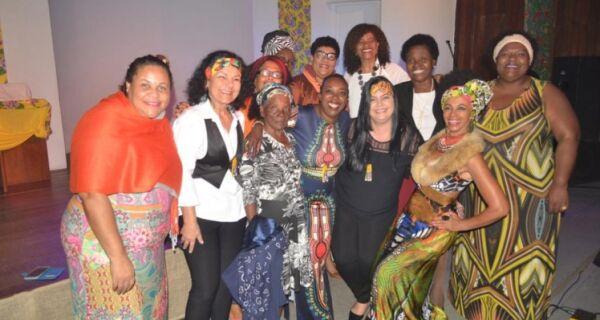 Emoção marca entrega do Prêmio Mulher Afro-Latina Americana e Afro-Caribenha