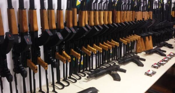 Suspeito de integrar quadrilha de traficantes de armas é preso em Rio das Ostras