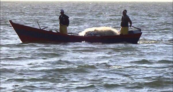 Pescadores ficam sem bolsa defeso