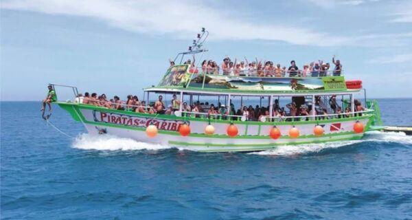 Passeios de barco em Arraial são cancelados pela Marinha