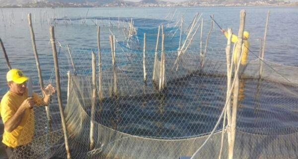 Guarda Marítima e Upam apreendem 60 metros de rede para pesca de camarão