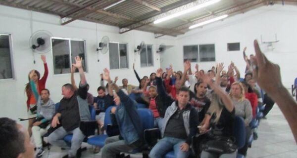Servidores municipais decidem entrar em estado de greve