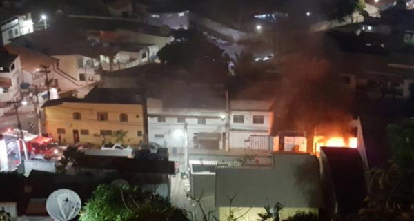 Furto em operação dos Bombeiros em Arraial acaba em linchamento
