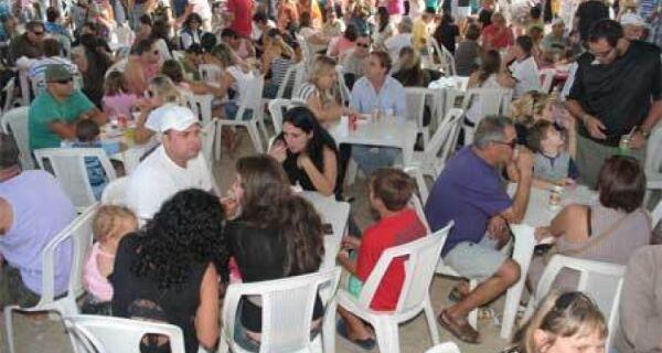 Festival do Camarão da Praia do Siqueira está de volta