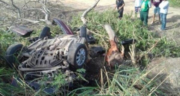 Vítimas de acidente em Araruama são identificadas
