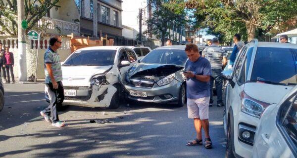 Mais um acidente nos cruzamentos da Francisco Mendes e Jorge Lóssio