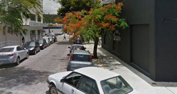 Rua Miguel Couto terá mão invertida a partir desta segunda (30)