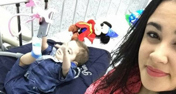 Mãe de Cabo Frio luta para tirar filho de hospital na Baixada