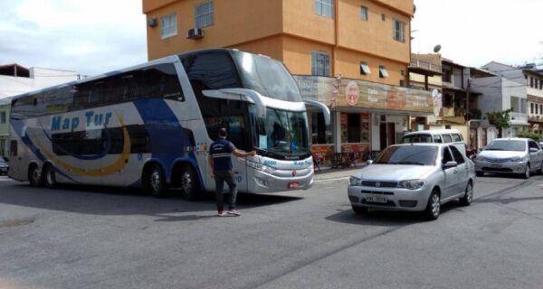Prefeitura faz ações para ordenar chegada de ônibus de turismo para o feriadão