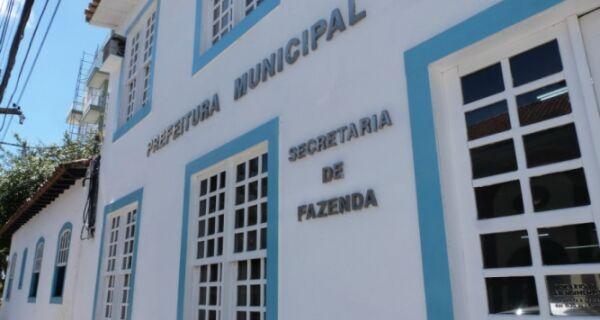 Governo diz que pretende pagar funcionalismo municipal até o dia 17