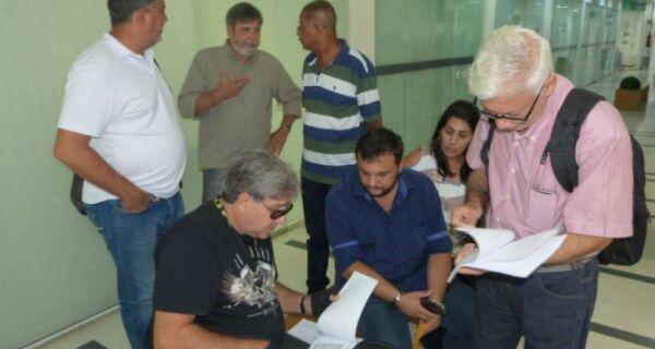 Marquinho e Rafael Peçanha trocam desafios sobre caso dos supersalários