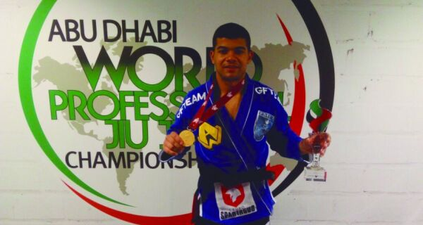 Soldado do 25º Batalhão ganha medalha de ouro nos Jogos Mundiais da Polícia