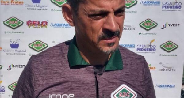 'Chegou na Cabofriense um treinador especialista no ataque'