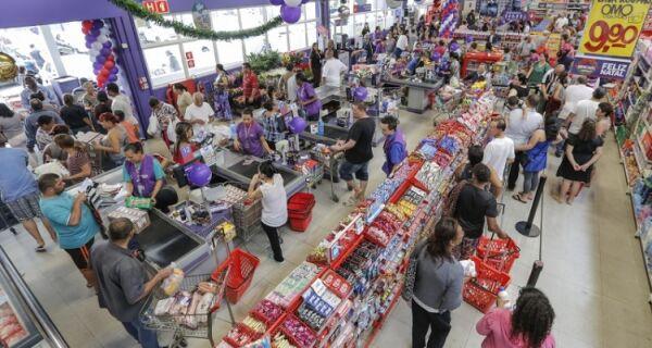 Extra lança novo formato de loja na Região dos Lagos