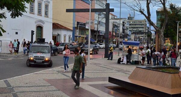 Mulheres protestam em Cabo Frio contra abusos