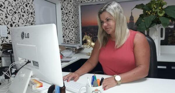 Candidata única à presidência da Associação Comercial, Patrícia Cardinot fala dos seus planos