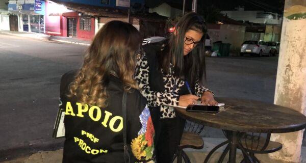 Operação do Procon Cabo Frio notifica 56 bares e restaurantes