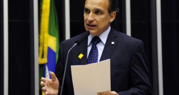 'Rio merece um tratamento diferenciado', afirma Hugo Leal (PSD)