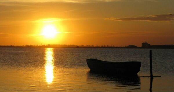 'Pôr do Sol Histórico' tem edição especial na Praia do Siqueira