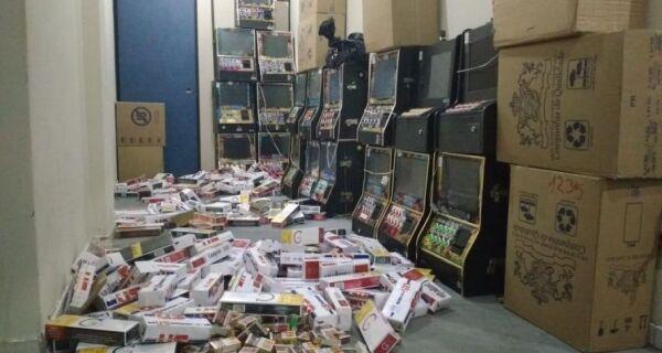 Operação conjunta da PM e Polícia Civil apreende 120 mil cigarros falsificados em Saquarema