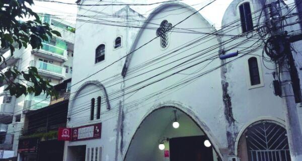 Igreja de São Jorge arruma a casa para homenagear o Santo Guerreiro
