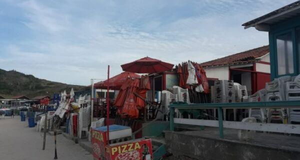 Justiça determina demolição de quiosque na Praia das Conchas
