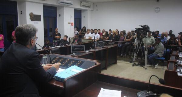 Decisão da Câmara sobre processo de impeachment contra Adriano é nesta quinta em Cabo Frio