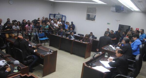 Câmara de Cabo Frio arquiva pedido de impeachment