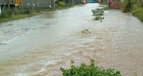 Linhas de ônibus são alteradas em virtude da chuva na Região dos Lagos
