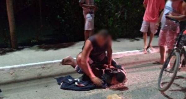Homem assalta ônibus em Cabo Frio e é imobilizado até a chegada da polícia
