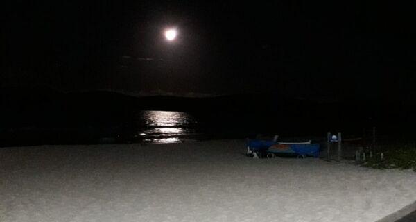 Peró tem caminhada noturna para acompanhar superlua