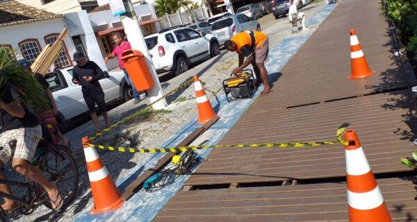 Prefeitura de Cabo Frio faz reparos no Boulevard Canal