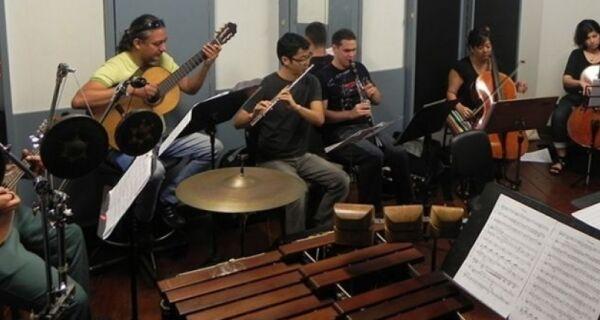 Escola Tom Jobim prorroga inscrições para curso livre de flauta doce