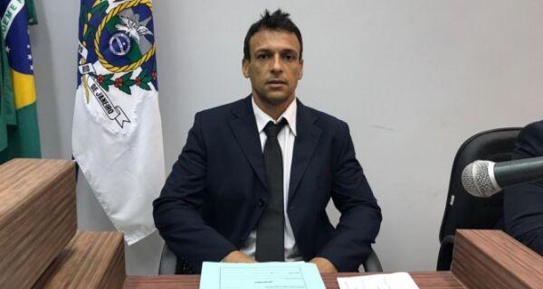 Câmara de Arraial avalia revogar decreto de corte de salários