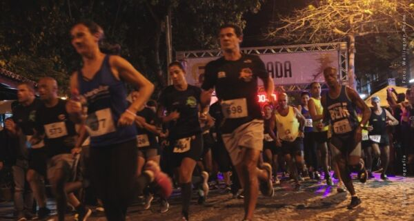 Atletas de Búzios garantem pódio no 'Circuito Night Run Lagos Neon