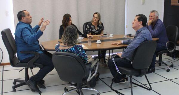 Rio das Ostras debate projeto de clínicas especializadas em autismo