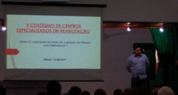Equipe técnica de centro de reabilitação participa de debate em Saquarema