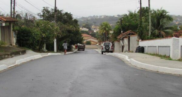 Prefeitura de Saquarema entrega obras de asfaltamento na Raia e Porto da Roça