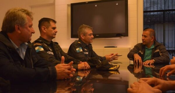 Iguaba tem reunião com representantes do 25º BPM