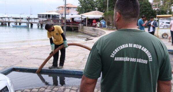 Prefeitura atua para minimizar problemas de vazamento de esgoto na Orla Bardot