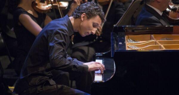 Charitas recebe mais uma edição da Série Jovens Pianistas