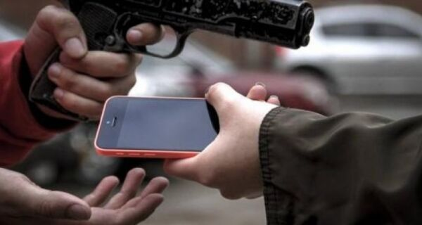 Roubos de celulares crescem na região no mês de julho