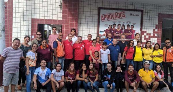 Defesa Civil entrega cestas básicas a famílias cadastradas no Cras do Porto da Aldeia