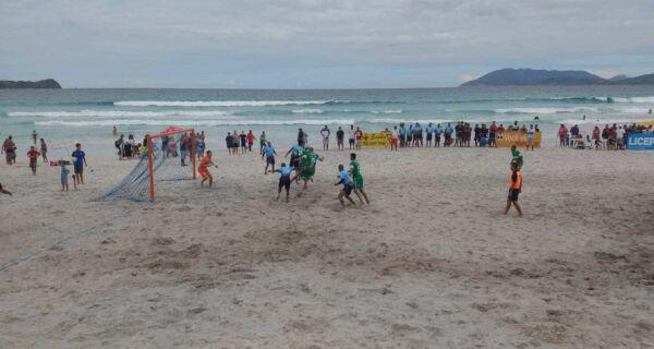 Praia do Forte recebe rodada de abertura do Campeonato Municipal de Futebol de Areia
