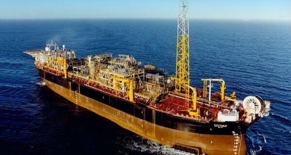 Petrobras confirma vazamento de óleo na Bacia de Campos no Rio